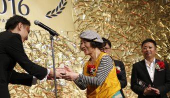 集客の秘訣は「お客さまの声」!700件以上の商品レビューを獲得した北海道・王様のパンの挑戦