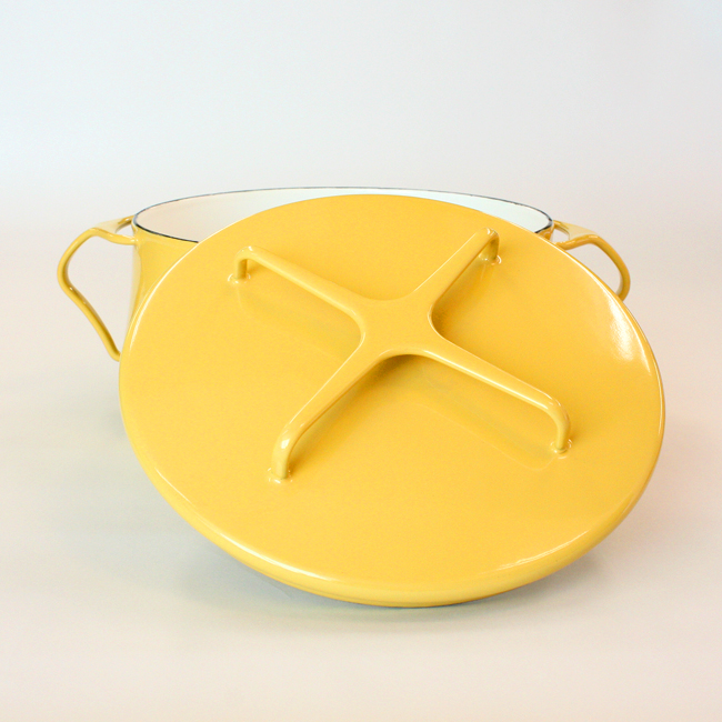 デンマークDANSKの限定マスタードイエローの琺瑯鍋