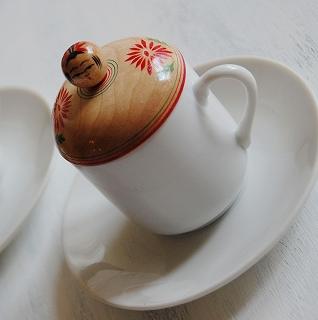 雑貨店ミモザのハンドメイドこけしのコーヒーカップ