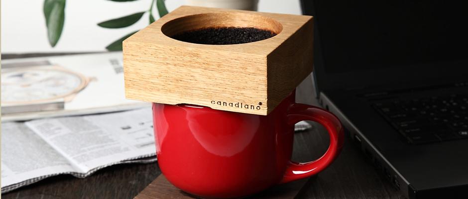 コーヒーの木製ドリッパーCanadiano