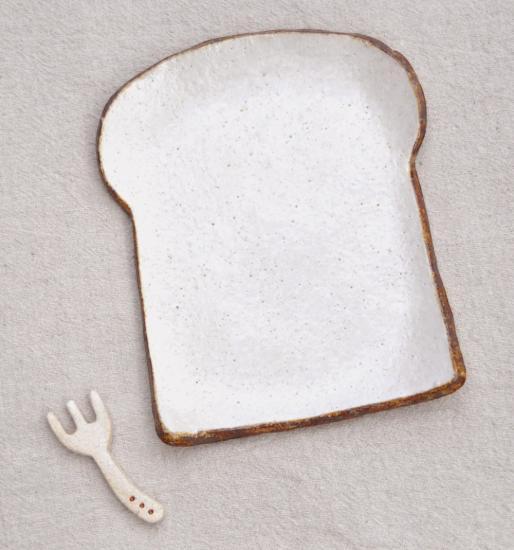 パン好きのためのうつわ!718雑貨さんの かわいすぎる「食パン型プレート」 (福岡)
