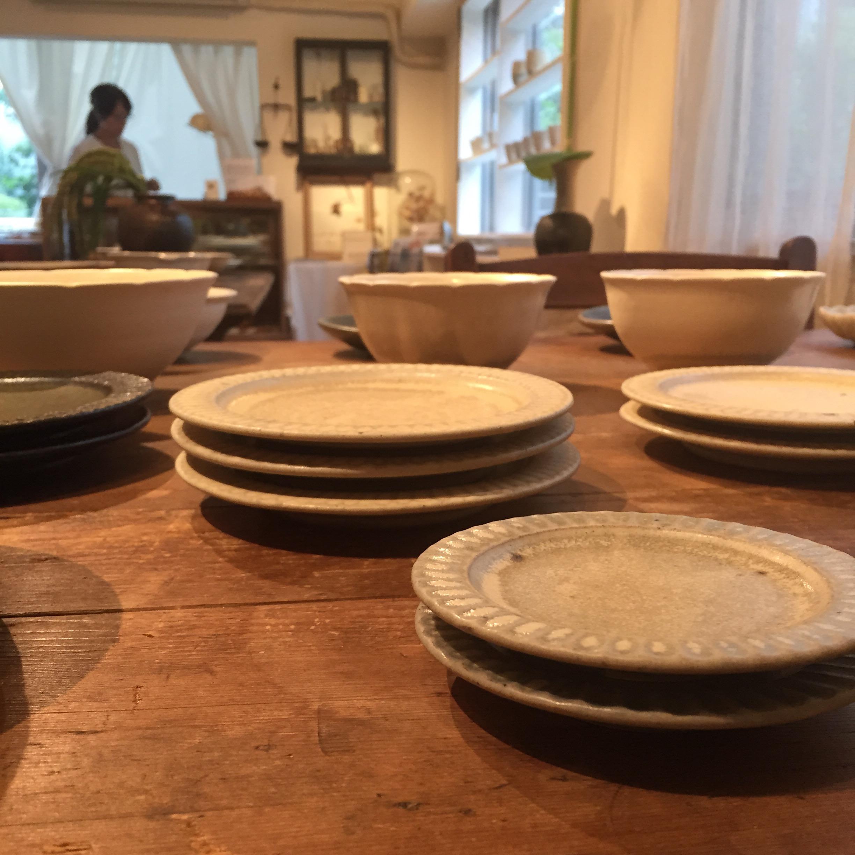 和食器好き必見。人気のうつわ作家・余宮隆さんの個展へ行ってきました。(東京)